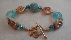 Aqua & Gold Bead Bracelet