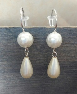 (Dangle earrings created by Sheila Renee Parker of CSParkerJewelry.)